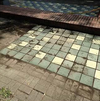 小花槽地磚舖設
