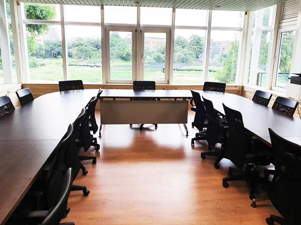 2樓會議室、產學計畫辦公室