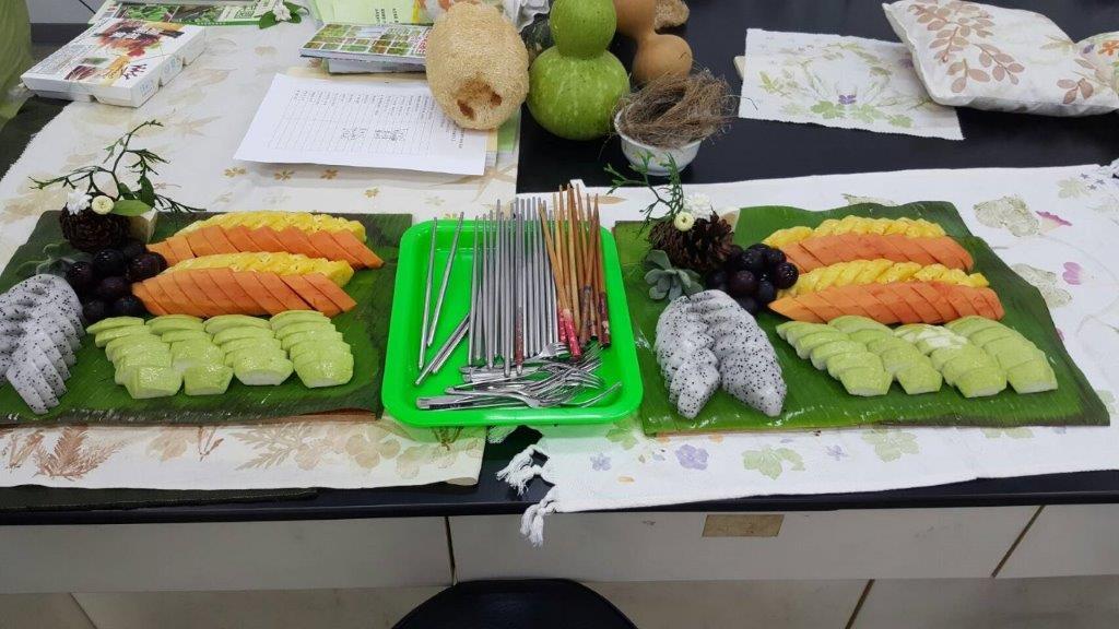 彩虹水果拼盤